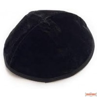 10 pcs velvet simcha Kippahs (limited while supply last)