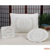 Beautifully designed Brocade 3 Piece Seder Set